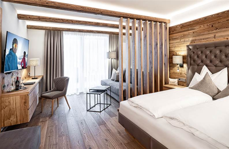 Wohn- und Schlafbereich von der Junior Suite Bergquell